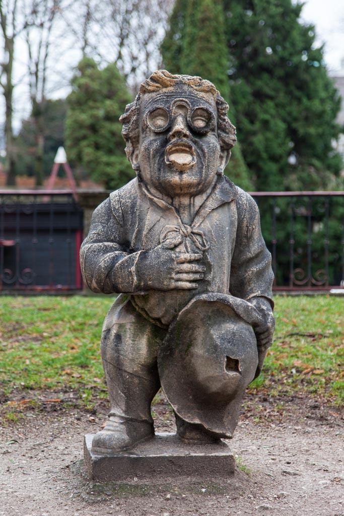 Statue in the Zwergerlgarten (dwarf garden)