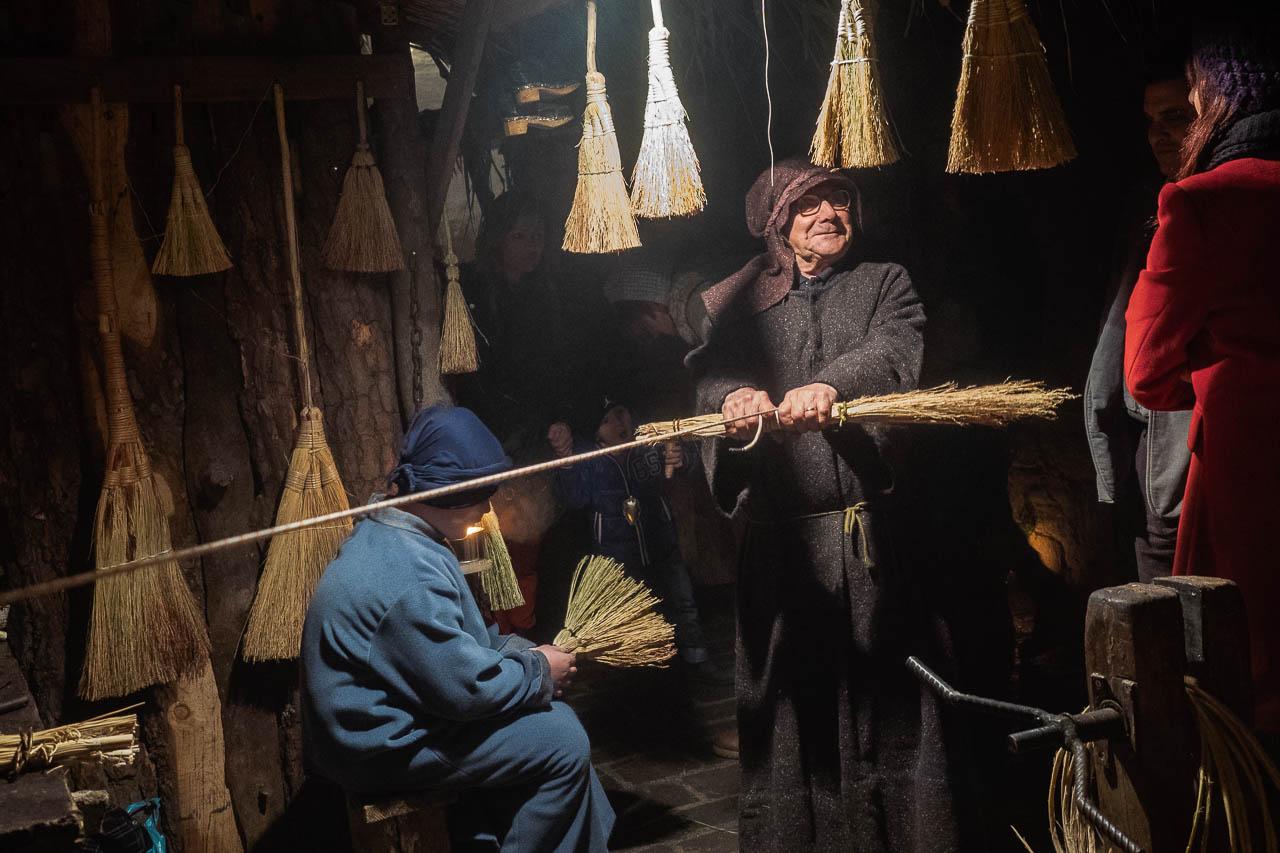 Broom Maker in Petrignano d'Assisi